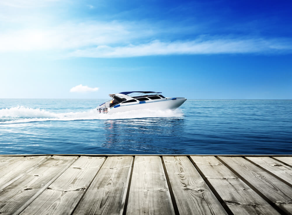 how fast can a speed boat go